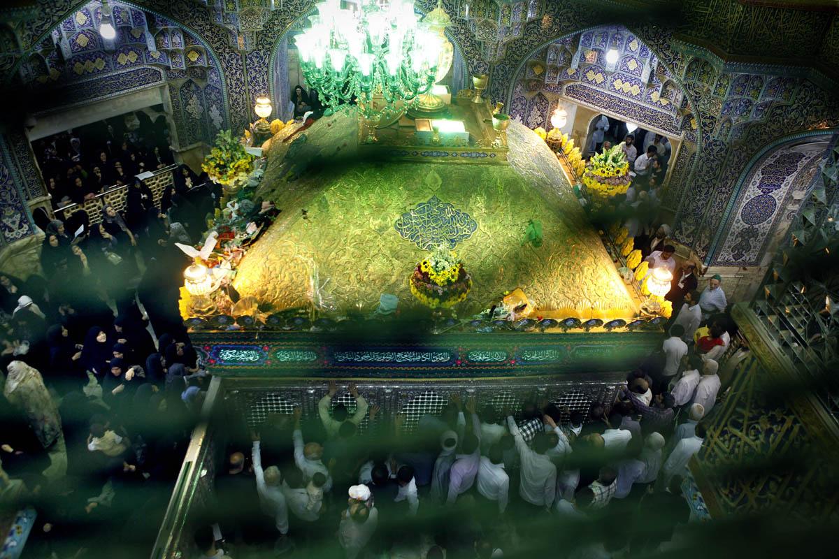بانوان مکرم مدفون در کنار مرقد حضرت معصومه علیهاالسلام