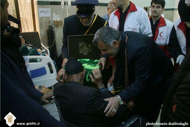 گزارش تصویری: عیادت معاون اجرایی آستان از بیماران بیمارستان امام حسین(ع) کربلا