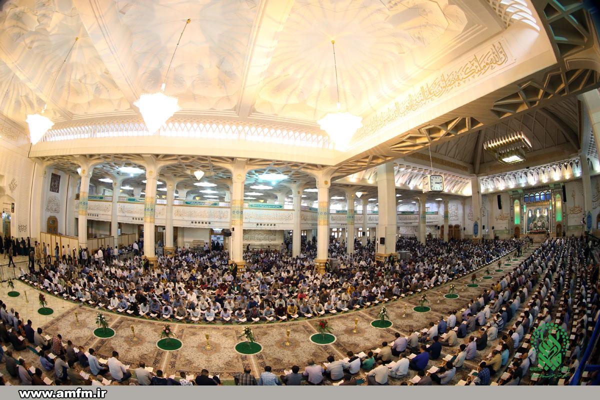 گزارش تصویر آیین ترتیل خوانی قرآن در حرم