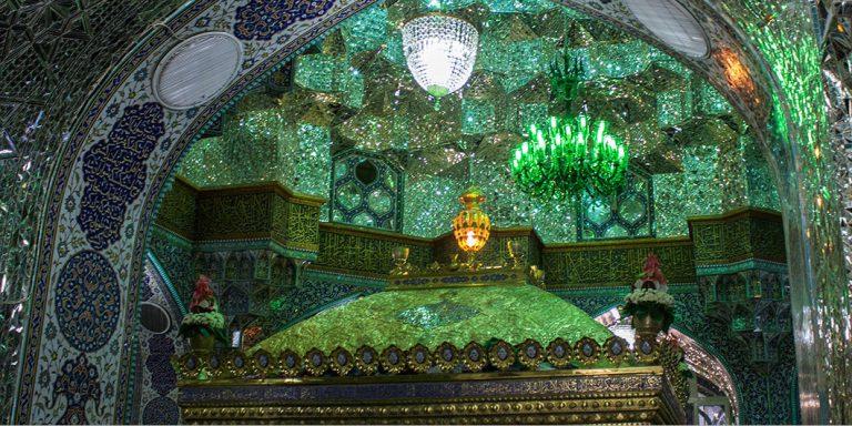 زیبایهای هنر ایرانی، اسلامی، در رواق مجاور ضریح مطهر