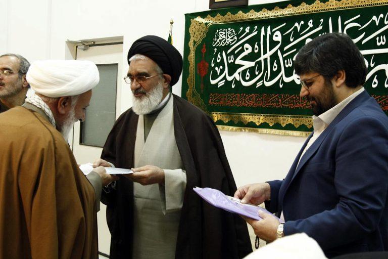 احکام اعضای شوراهای فرهنگ عمومی استان قم اهدا شد