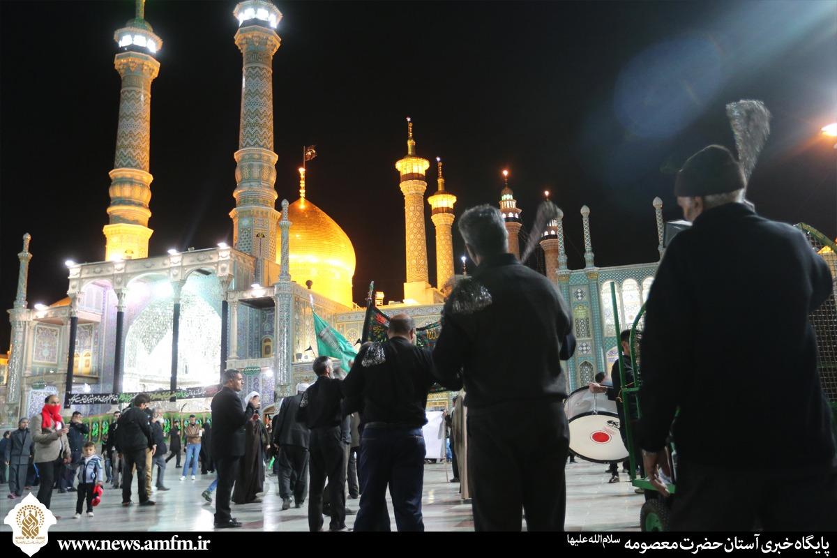 گزارش تصویری:حال و هوای حرم کریمه اهل بیت در شب شهادت حضرت زهرا(س)