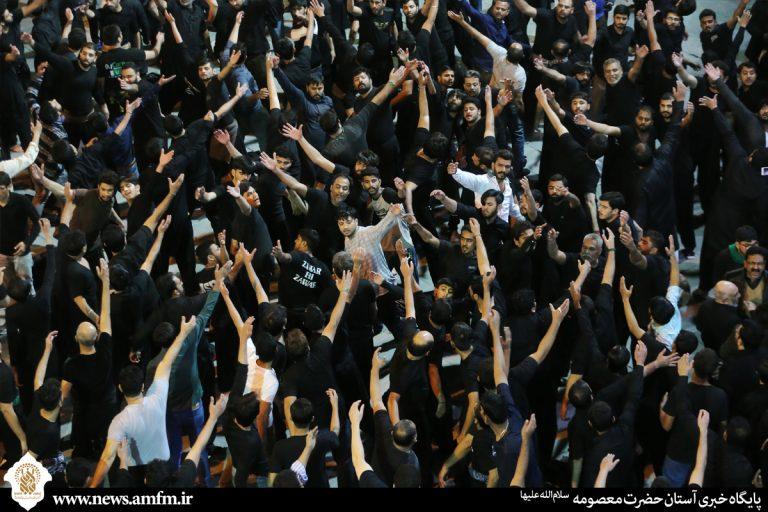 گزارش تصویری: عزاداری اردو زبانان در جوار حرم کریمه اهل بیت(س)