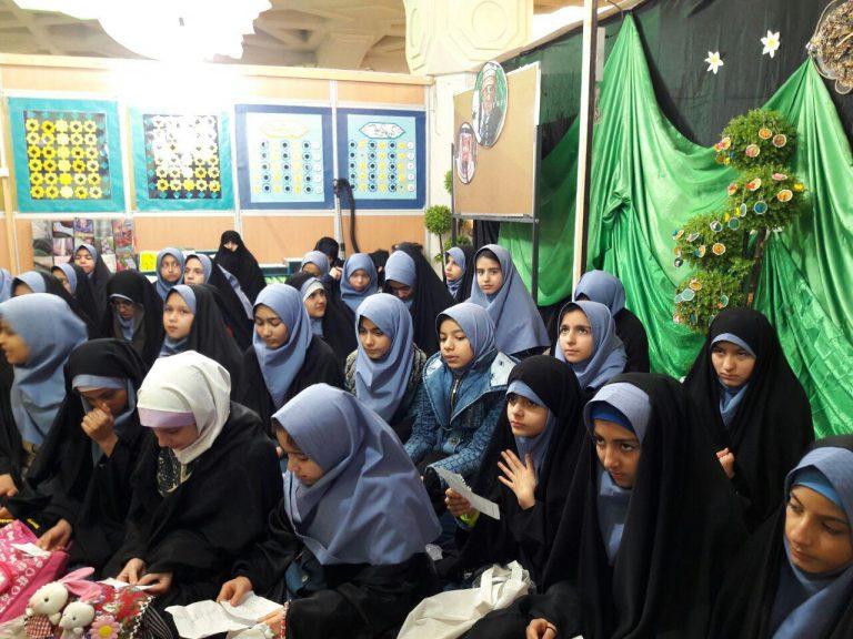 اجرای ۱۷ برنامه فرهنگی و آموزشی ویژه دختران نوجوان