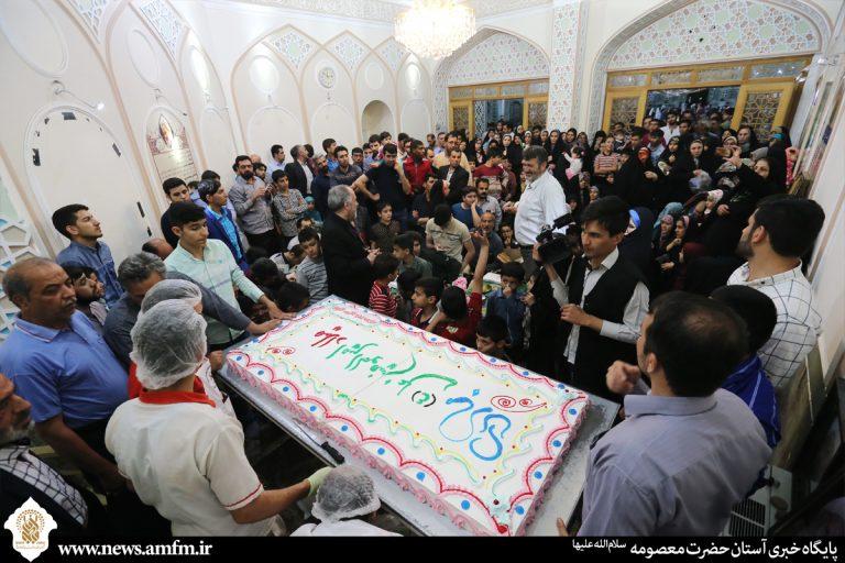 تصاویر جشن میلاد امام علی(ع) و روز پدر در کنار مزار شهید ایمانی