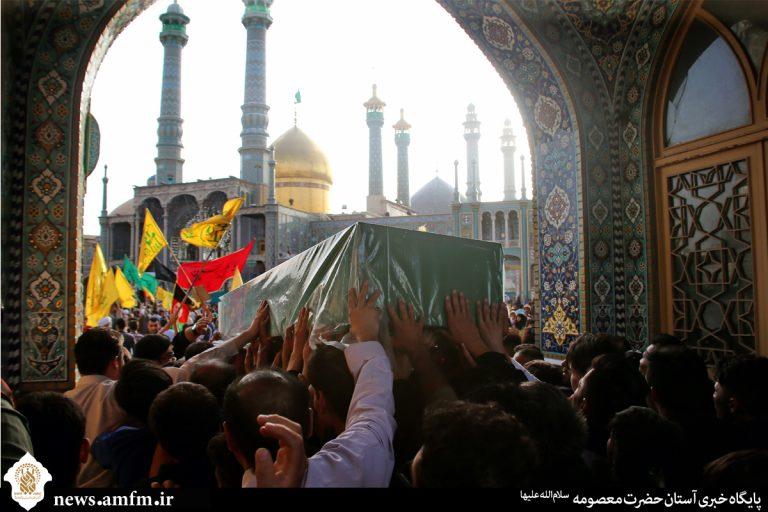بزرگداشت شیعیان مظلوم عربستان در مراسم تشییع شهدای مدافع حرم برگزار شد