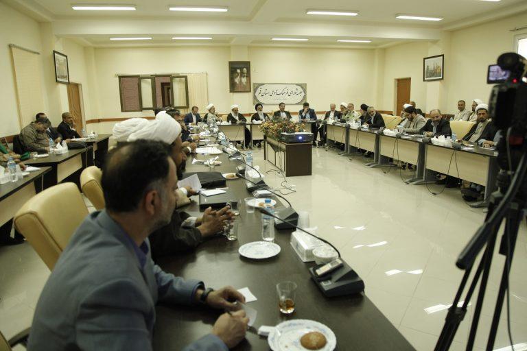 شب نیمه شعبان ۲۵۰ هزار سیمکارت در مسجد مقدس جمکران فعال بوده است
