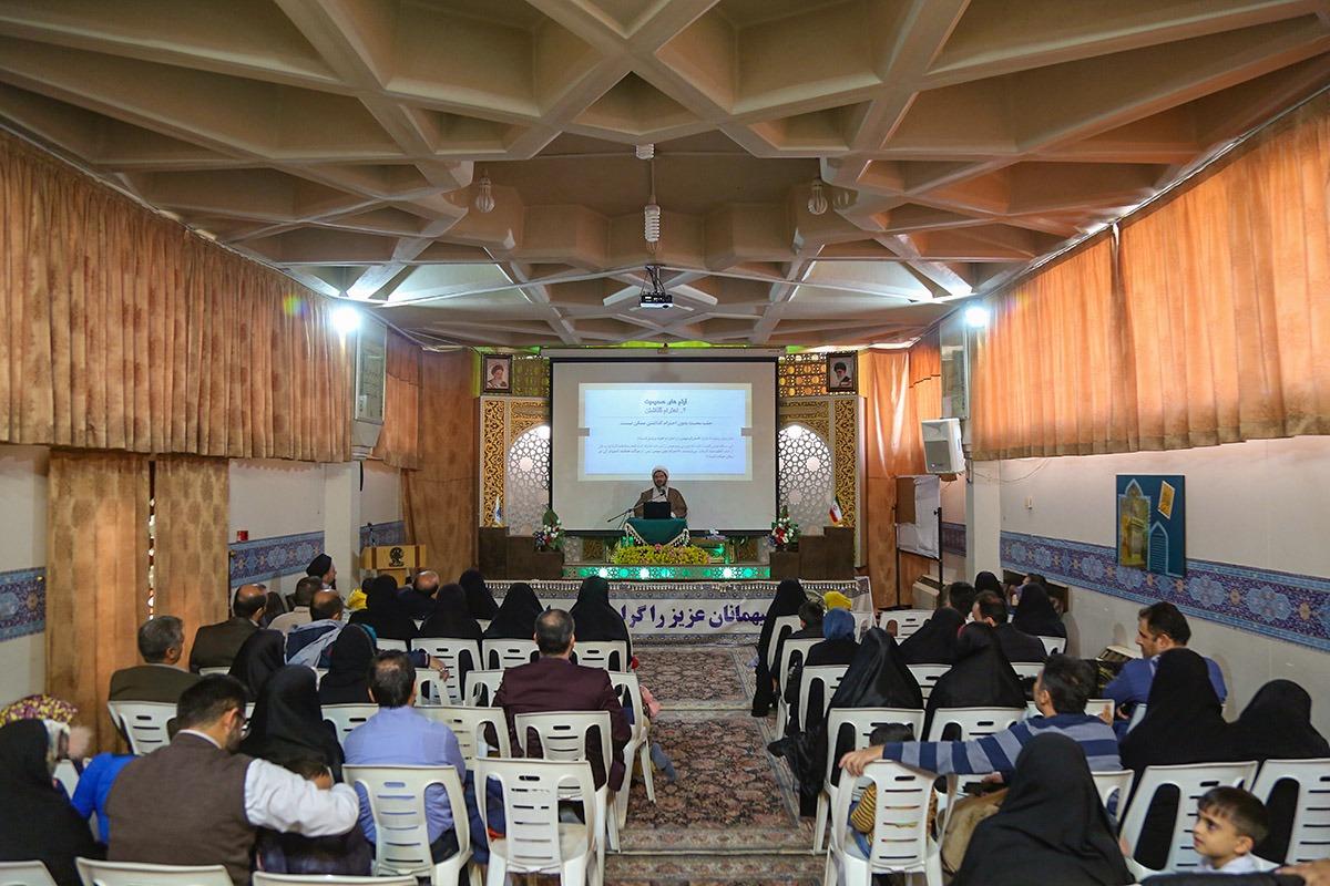 برگزاری کارگاههای شخصیتشناسی حضرت معصومه(س) برای عموم زائران