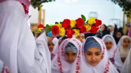 دختران ۹ ساله سن تکلیف خود را در حرم بانوی کرامت جشن گرفتند