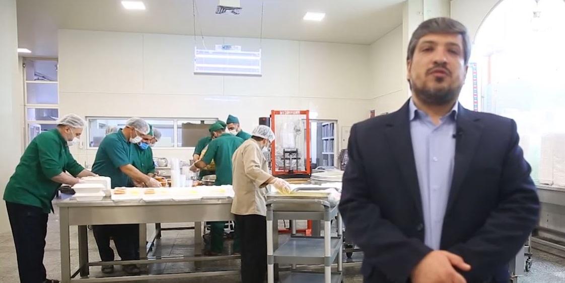 توزیع بیش از ۱۰ هزار پرس غذای تبرکی حرم در بیمارستانهای درگیر با کرونا