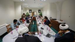 نشست صمیمی معاون فرهنگی آستان مقدس بانوی کرامت با عکاسان خبری استان قم