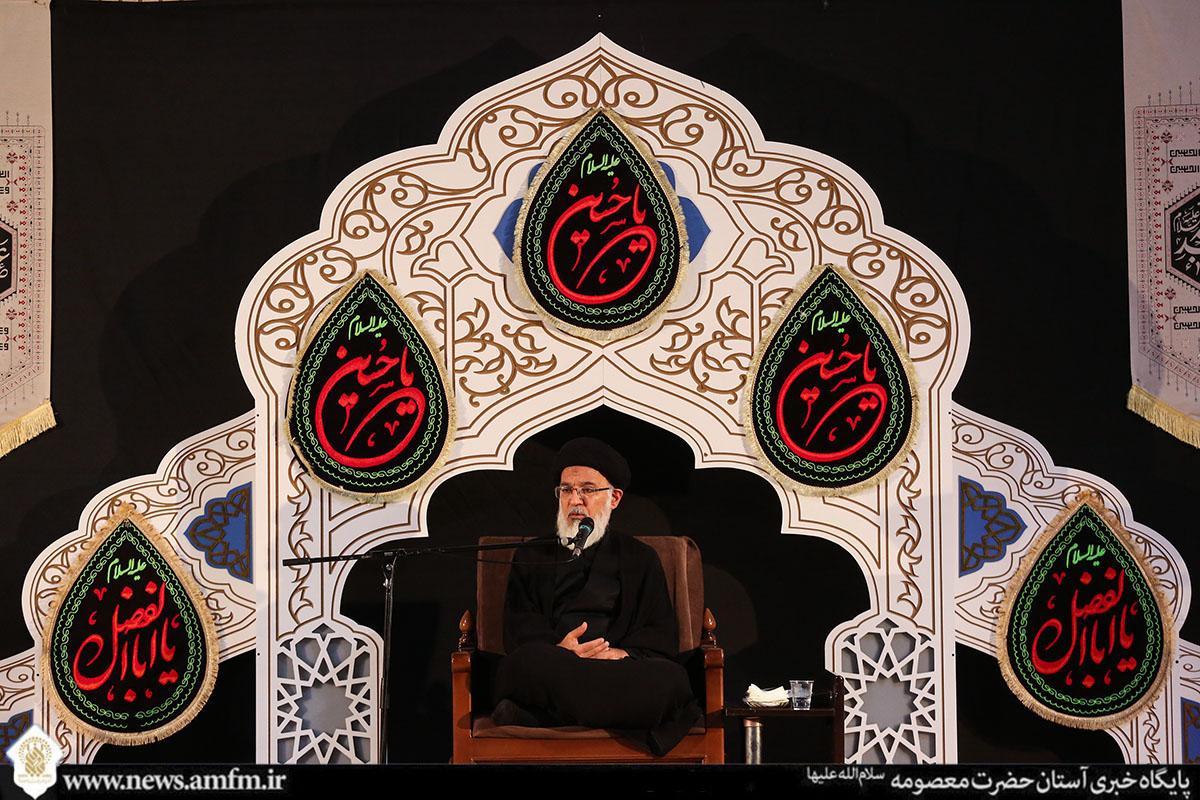محبت به امام انسان را از وسوسه شیطان در امان میدارد / بنده حقیقی به بهشت بسنده نخواهد کرد