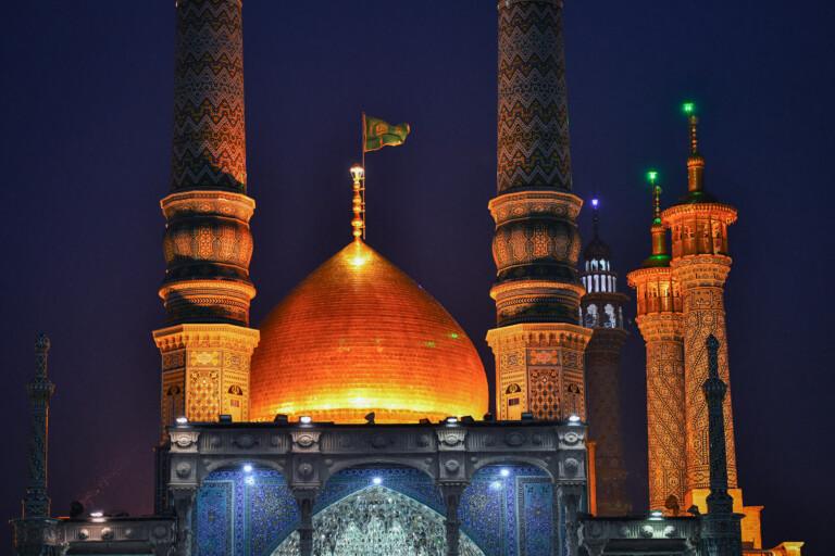 ویژه برنامه های مجازی و رسانه ای میلاد حضرت زهرا(س) به زبان عربی و اردو