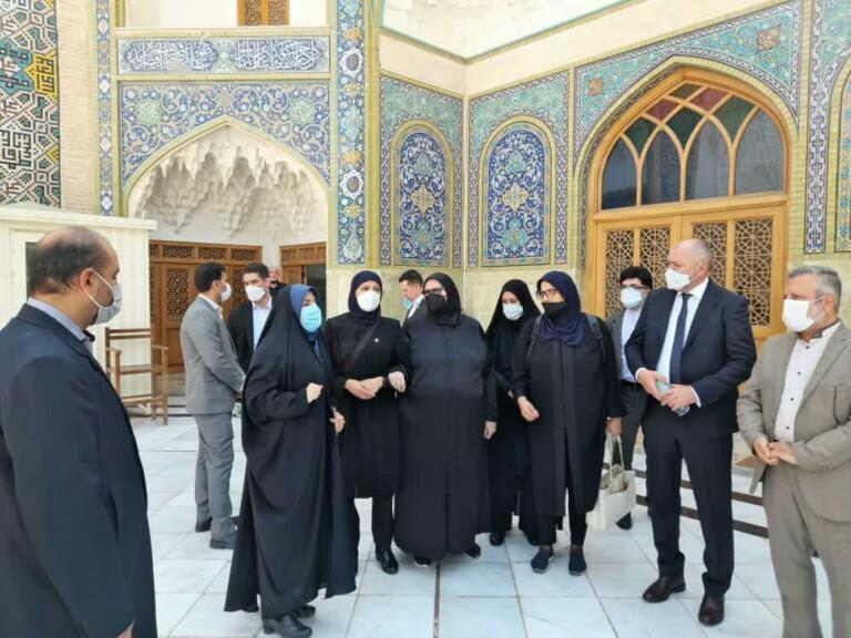 حضور وزیر امور خارجه بوسنی و هرزگوین در حرم حضرت معصومه(س)