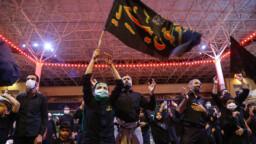 حرم بانوی کرامت میزبان عزاداران حسینی در شب تاسوعا