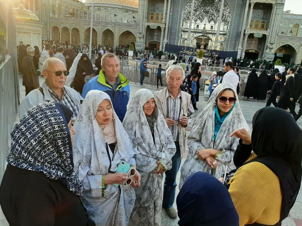 Turistas en el Santuario