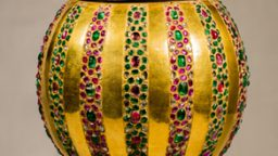 Copper Cresset with Inlaid Decorations, Jeweled Ornaments, and Gold Plating